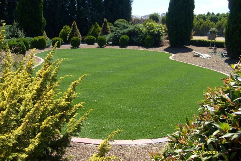Narre Warren – Front Lawn